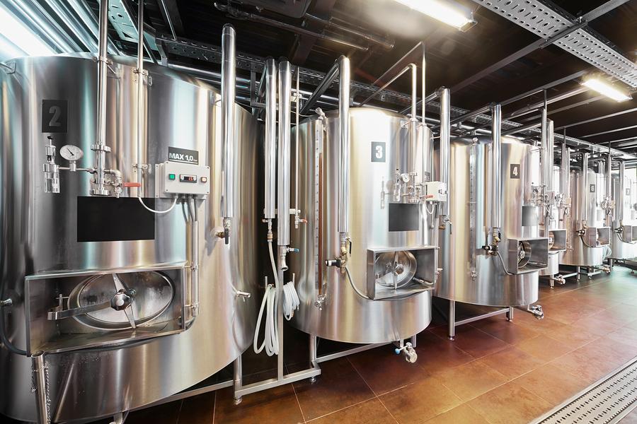 Ёмкости в пивоварне